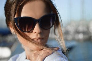 woman in sunglases
