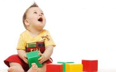Bébé à 8 mois : Ses soins quotidiens