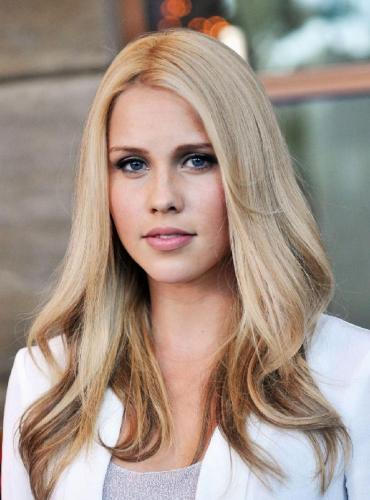 Blonde With Lowlights The Different Hairstyles Options