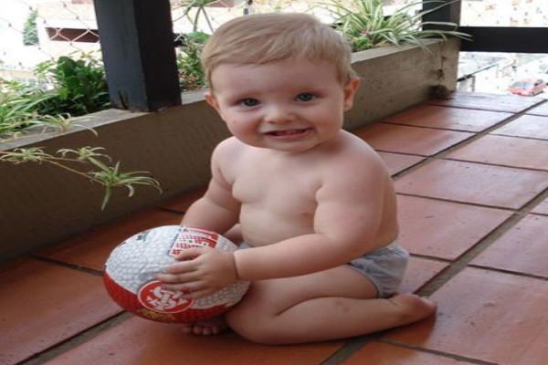 Bebê de 1 ano e 3 meses