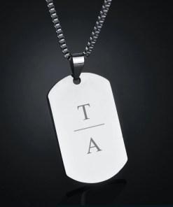 Rechthoekige hanger gegraveerd met initialen