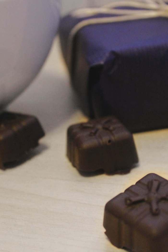 Cioccolatini fondenti con sorpresa – ricetta base – super facile