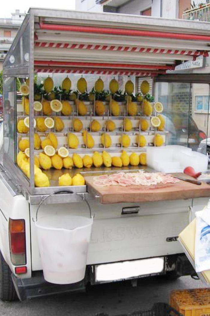 Street food Napoletano: ecco cosa devi assolutamente mangiare