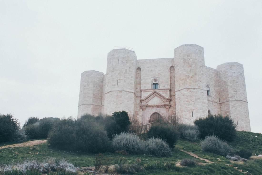 castel del monte facciata