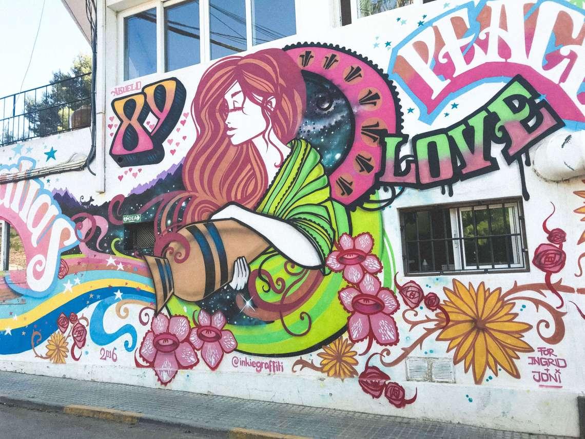 las dalias-2-mercatini hippie ibiza-entrata