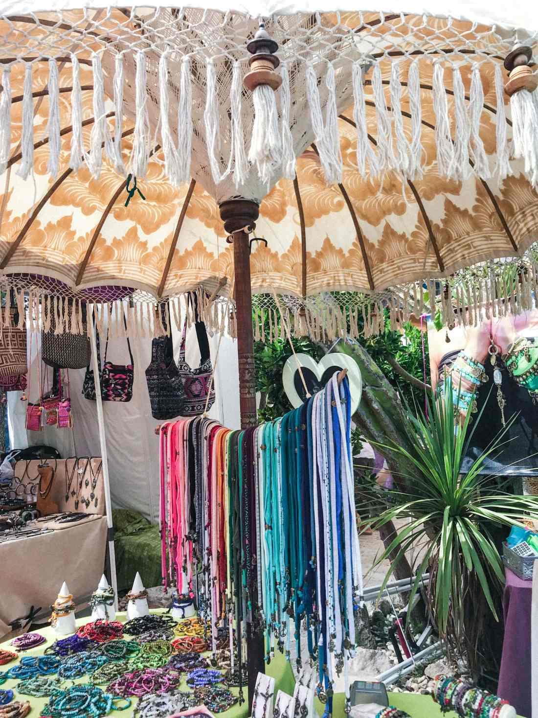 punta arabi-stand mercatini hippie