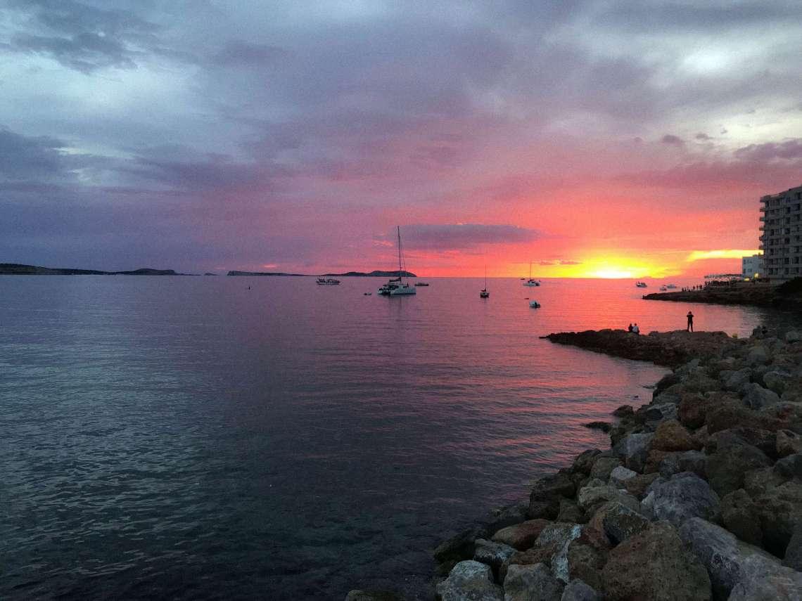 aperitivo al tramonto- baia sant antonio-tramonto rosa