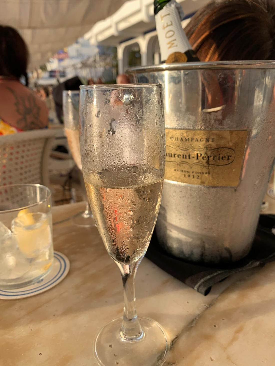 aperitivo al tramonto Ibiza-cafe del mar 2