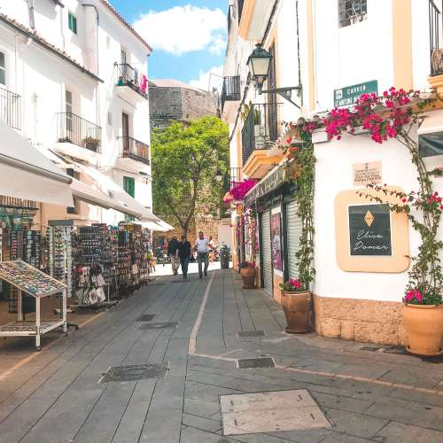 Ibiza center-narrow streets