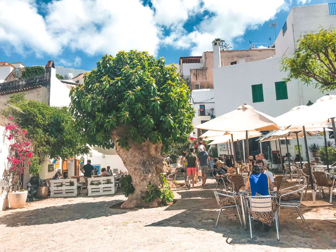 centro di Ibiza-stradine-tradizione 2