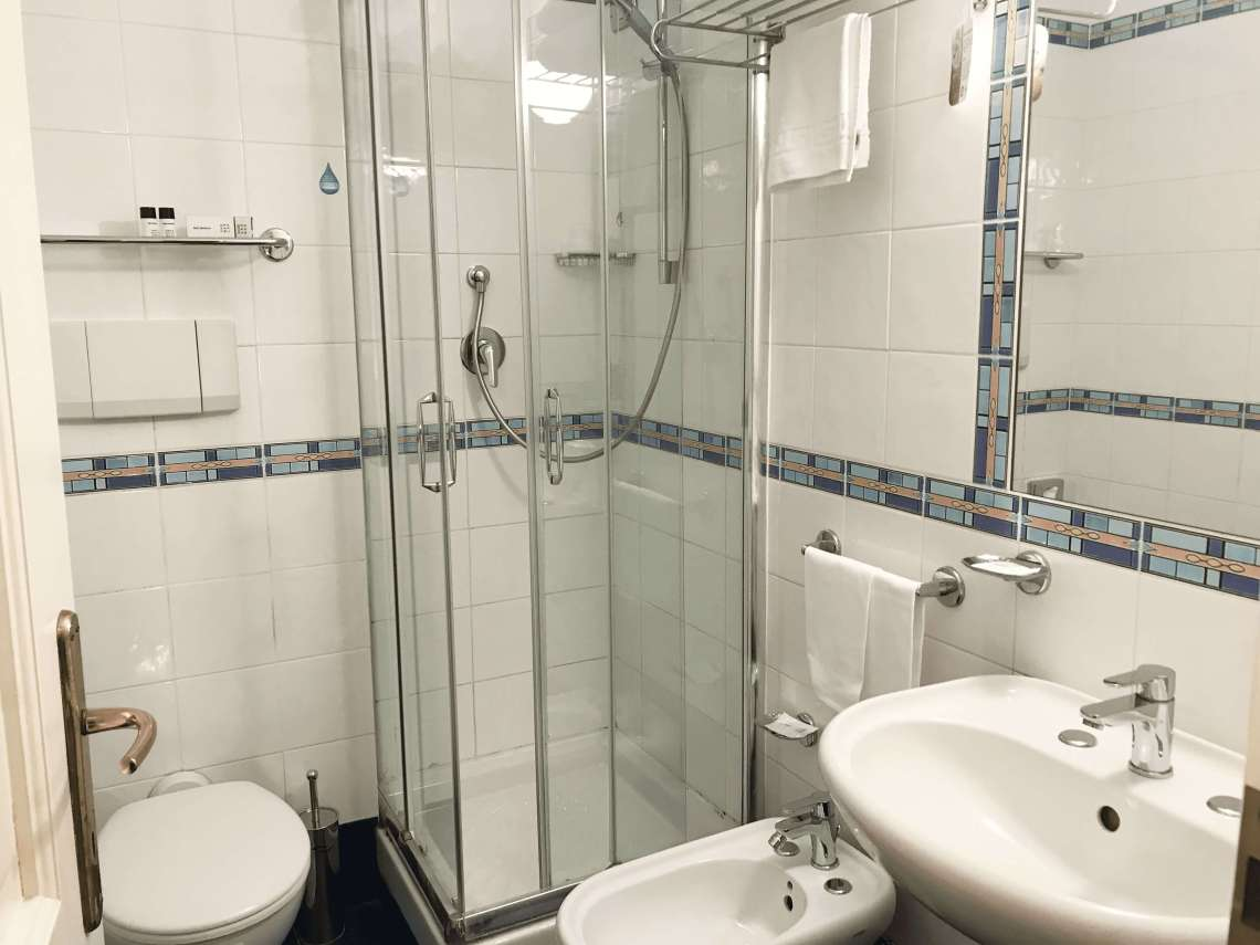 hotel astrid camera doppia bagno