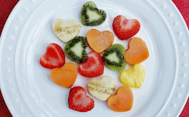healthy valentine's day fruit salad
