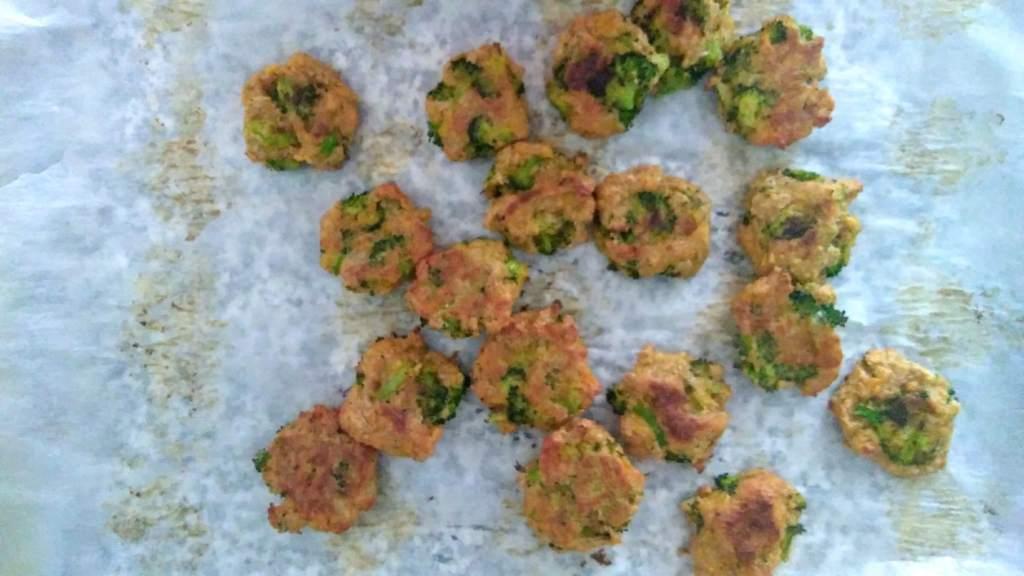 easy cheesy broccoli bites