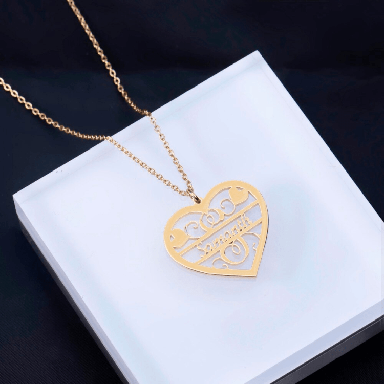 Woman Name Necklace Custom Simple Chain Heart Name Pendant Necklace