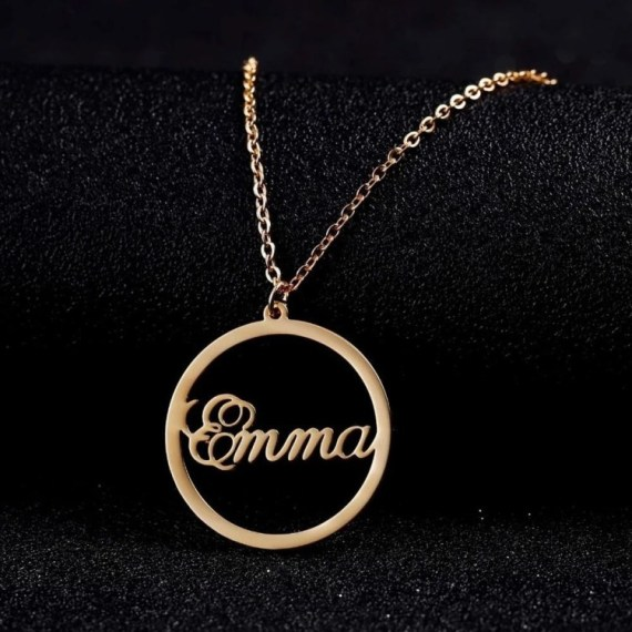 High Quality Durable Custom Made Bespoke Name Circle Pendant Necklace For Women