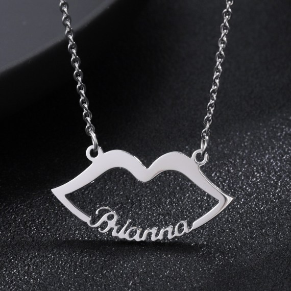 lip kiss custom lovers name necklace for wife on valentines day anniversary