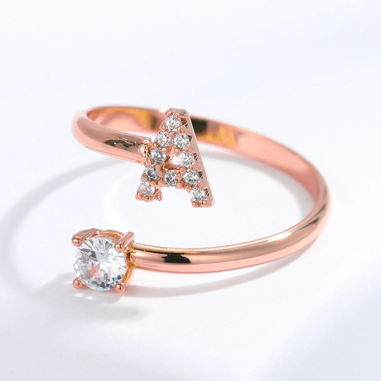 English Custom Letter Ring For Ladies Rose Gold Initial Ring