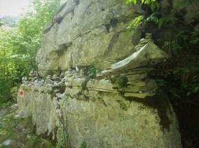 Galerie steinener Wegzeiger