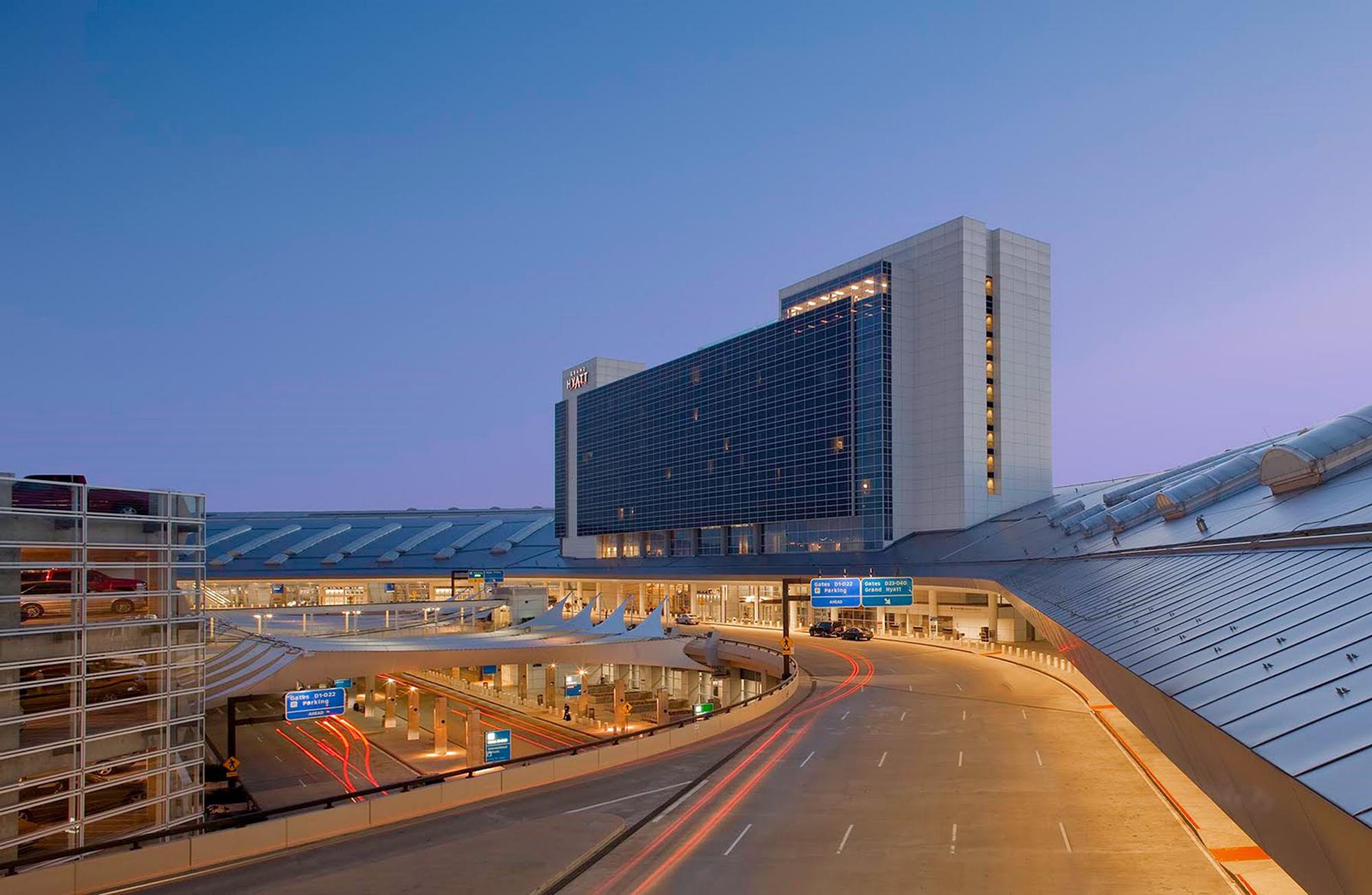 Grand Hyatt DFW Hotel - The Beck Group