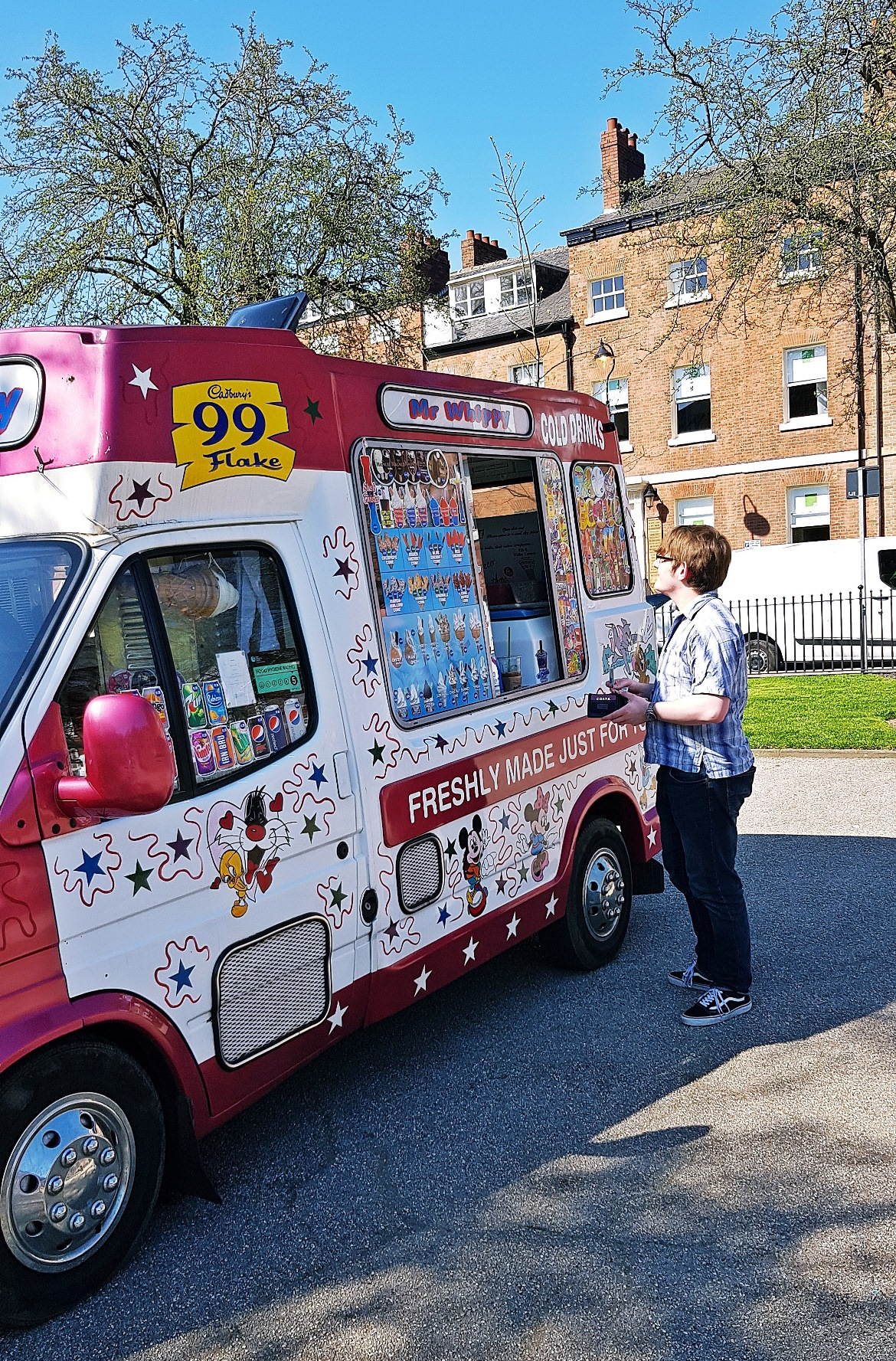 Ice cream in Park Square - Cheering Yourself up in Leeds by BeckyBecky Blogs