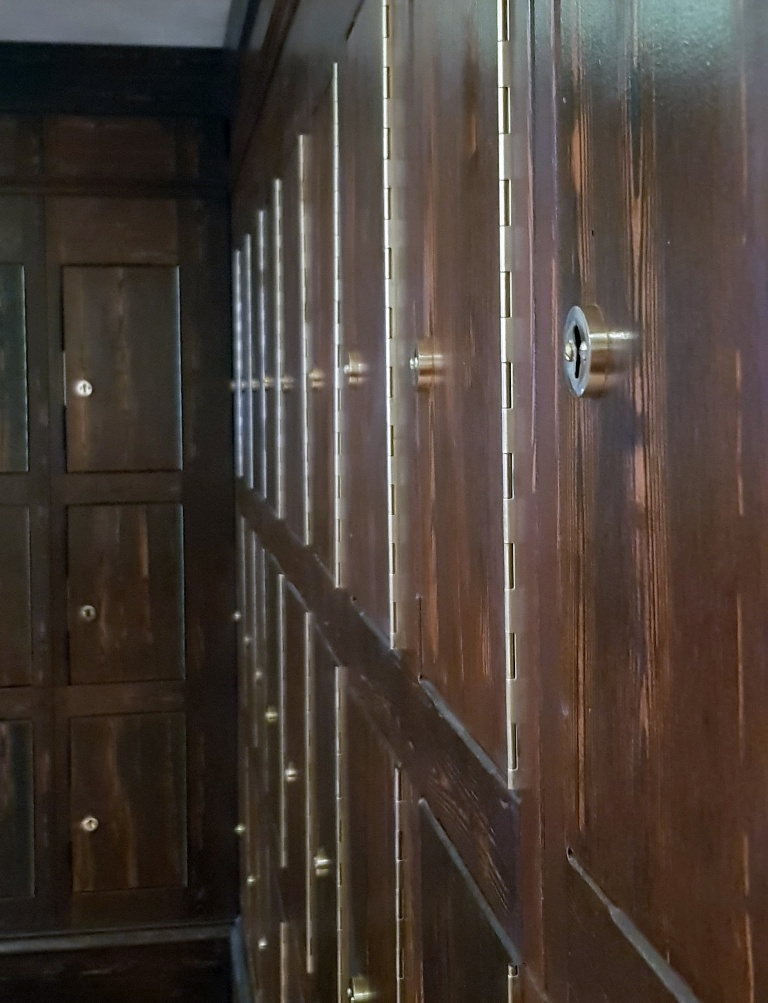 Rows of lockers - Follow in my Footsteps by Kanyu Escape, Leeds escape room review by BeckyBecky Blogs