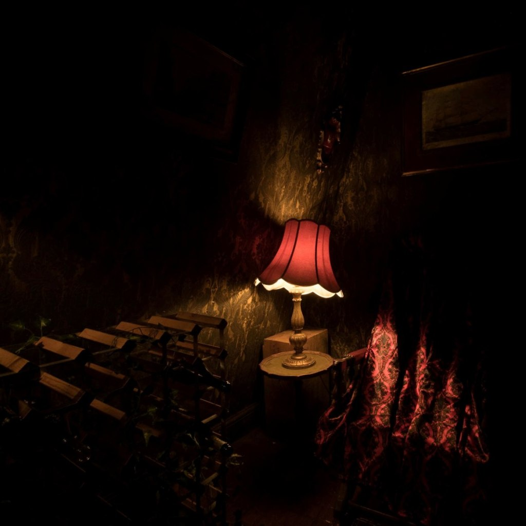Darkness - Lady Chastity's Reserve by Handmade Mysteries, London escape room review by BeckyBecky Blogs