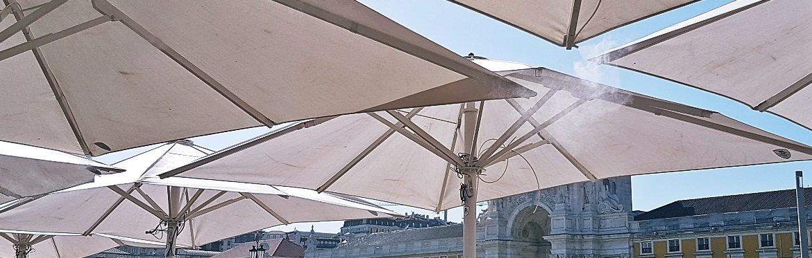 Umbrella shower at Can the Can - Food and Drink in Lisbon, review by BeckyBecky Blogs
