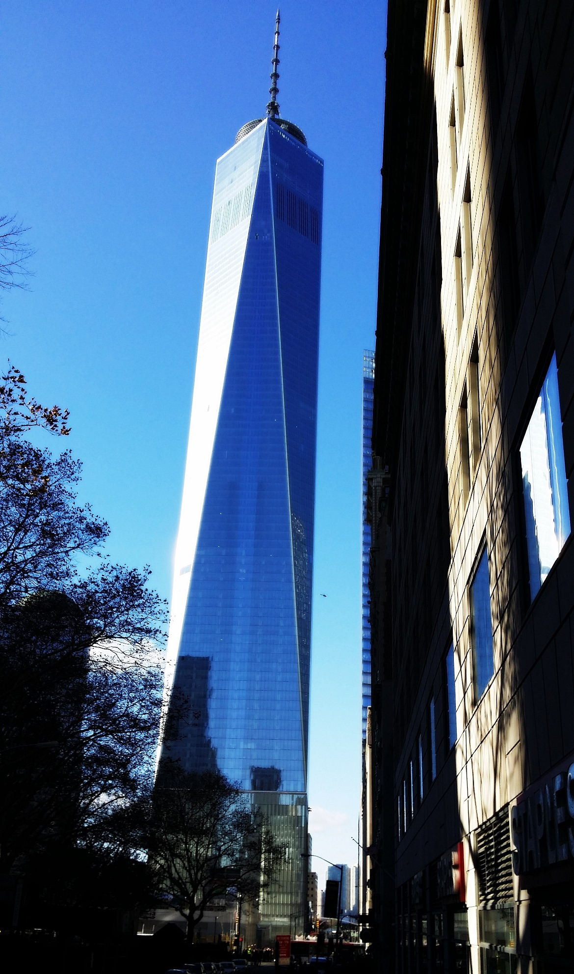 One World Trade - New York New York, travel blog by BeckyBecky Blogs