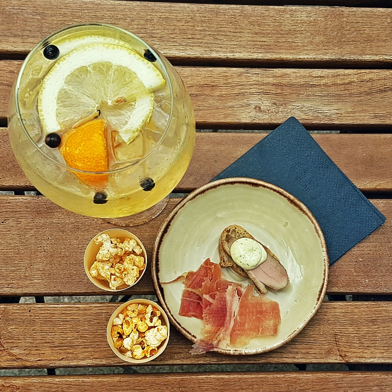 Orange-inal Copa with nibbles - Gin & Tonic Plus at Pintura, Bar Review by BeckyBecky Blogs