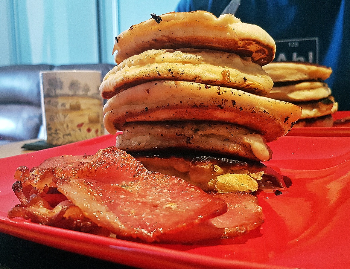 American pancakes with bacon and golden syrup - August 2017 Recap by BeckyBecky Blogs