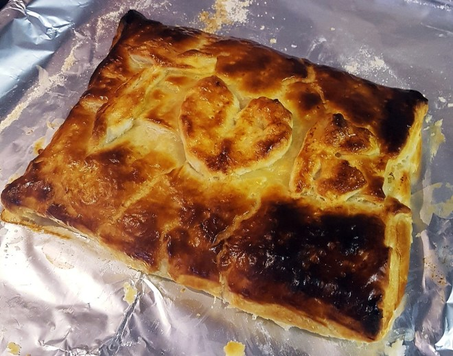 Recipe for cheesy salmon pie