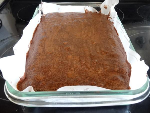 freshly baked brownies in pan