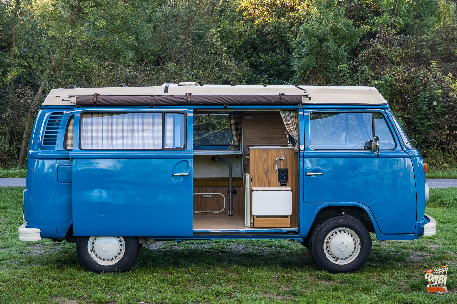 VW T2b Westfalia de 1973 - BeCombi