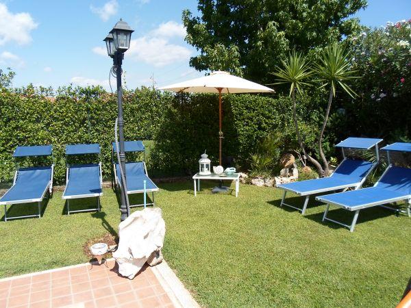 Casa Vacanze Eur Vallerano  Mostacciano Roma Roma Eur Vallerano Via Stefano Vanzina 90