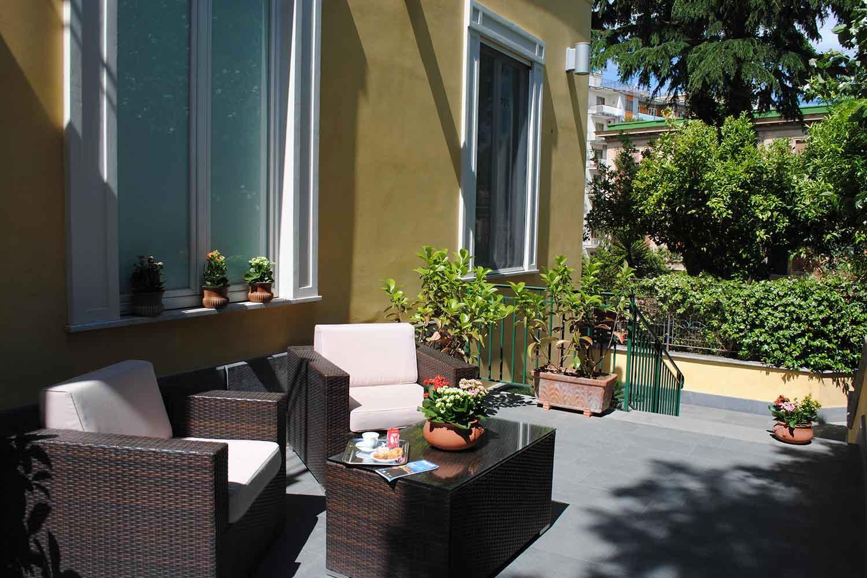 Villa San Martino B&B Napoli - Via Giuseppe Bonito, 76bis, 80129 Napoli (spazio esterno)