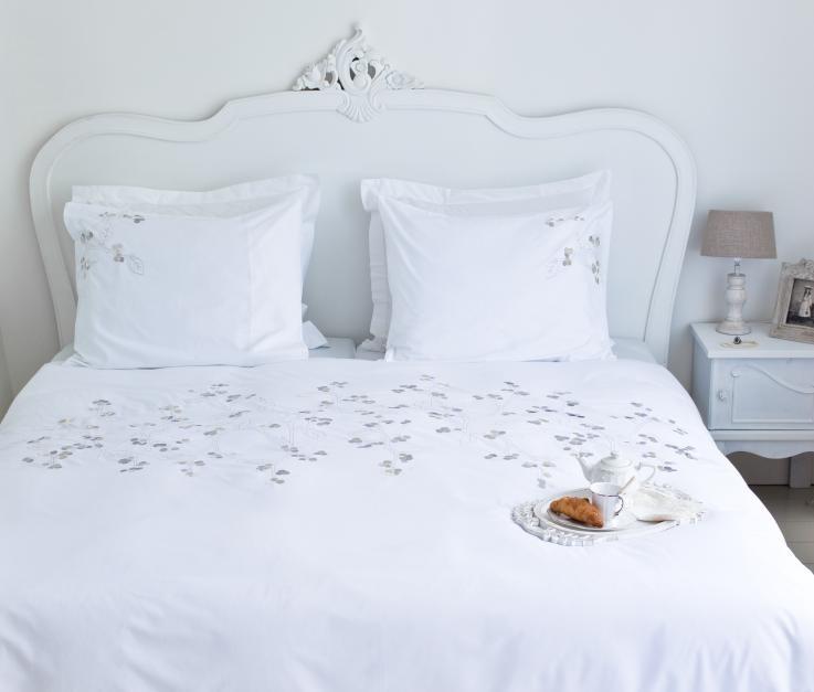 Ariadne at Home dekbedovertrek Morning Pearls white  Bed