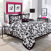 Steve Madden Juliet Comforter Set from Beddingstyle.com
