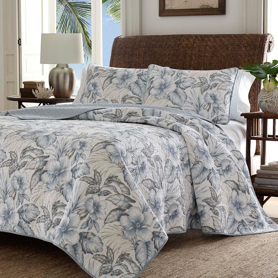Tommy Bahama Casablanca Garden Pelican Grey Quilt Set from