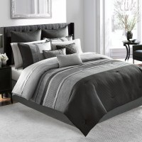 Manor Hill Lowery Complete Bedding Set from Beddingstyle.com