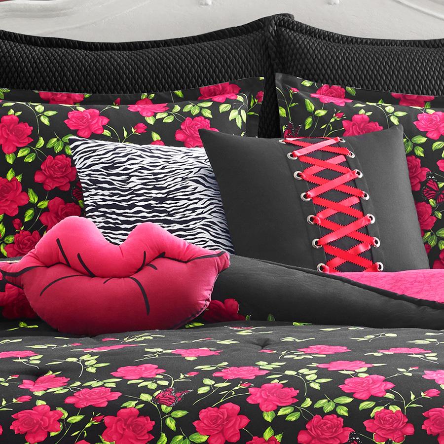 Betsey Johnson Rose Garden Comforter Set from Beddingstylecom