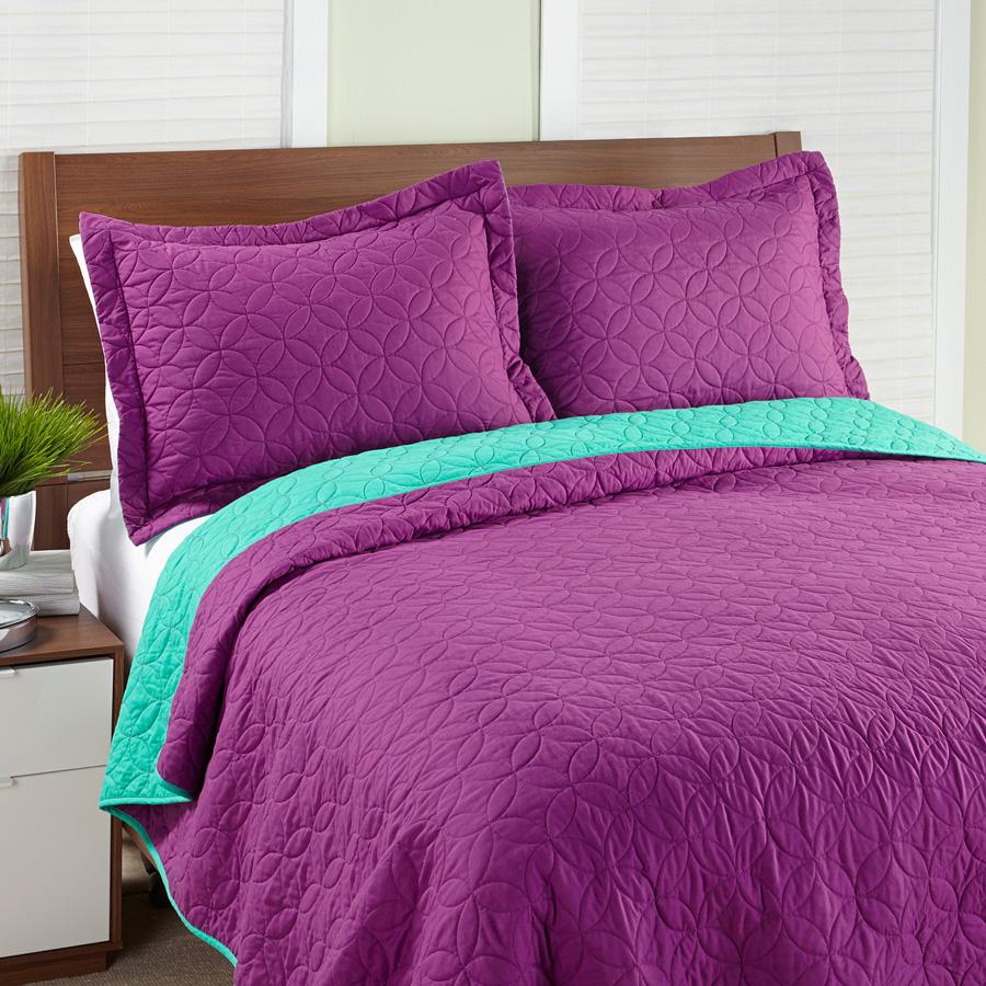 Steve Madden Solid Magenta Quilt Set from Beddingstyle.com