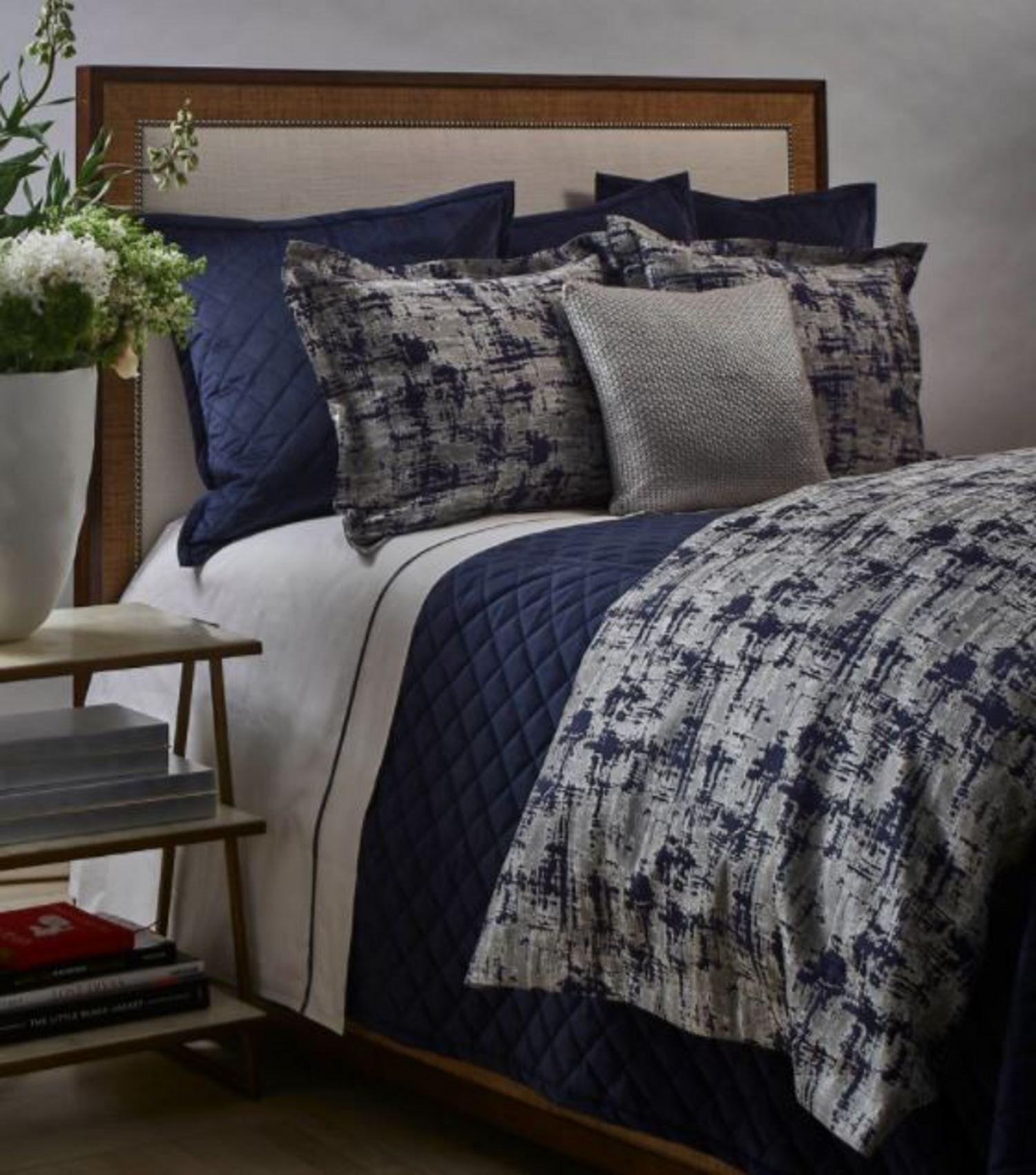 scratch navy silver comforter set