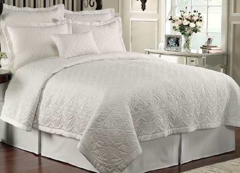 Lismore Quilt White By Waterford Luxury Bedding
