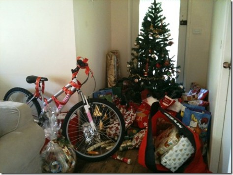 Lots of pressies under the tree