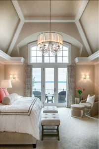 Unique Ways to Decorating Bedrooms with High Ceilings ...