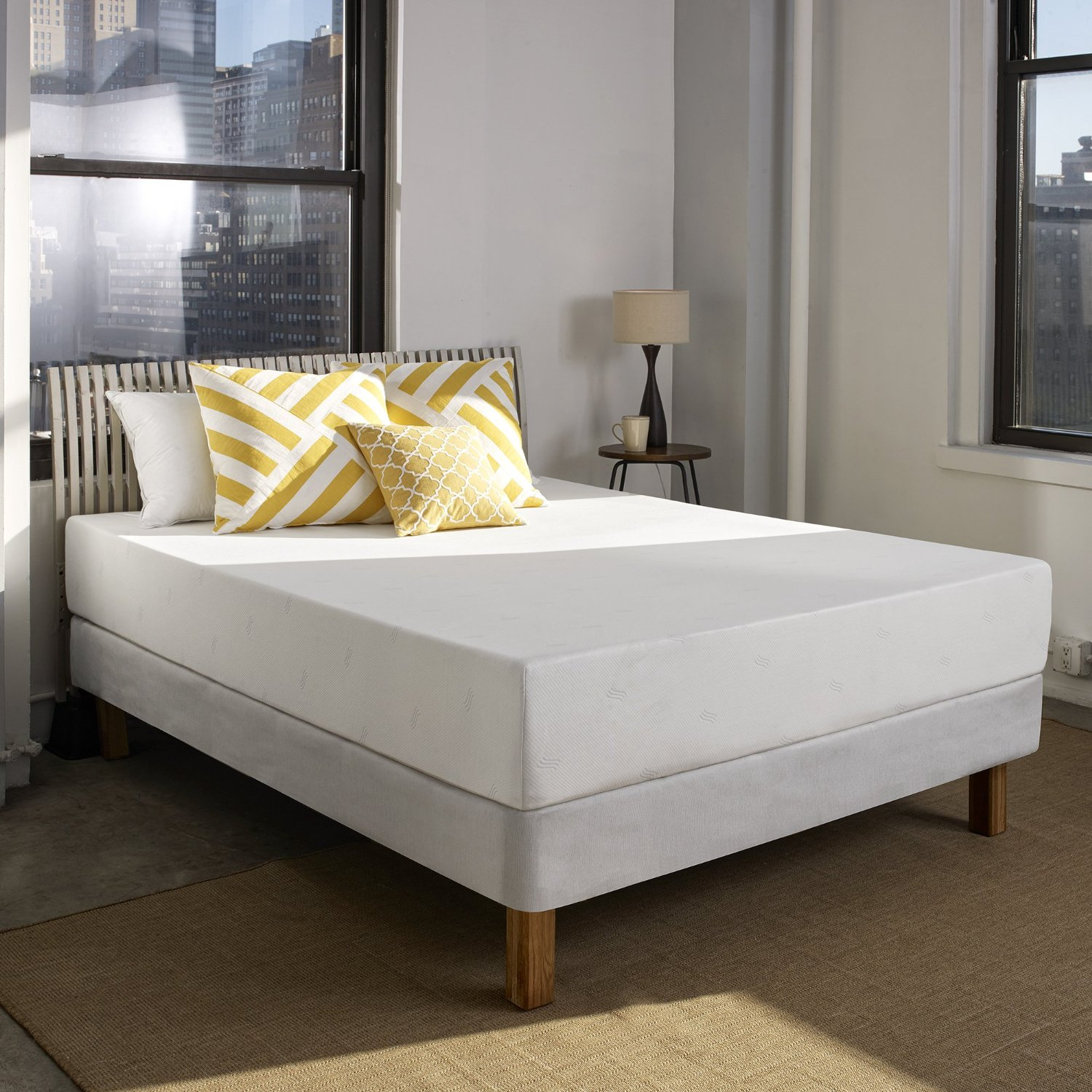 Shea 10-inch Memory Foam Mattress by Sleep Innovations