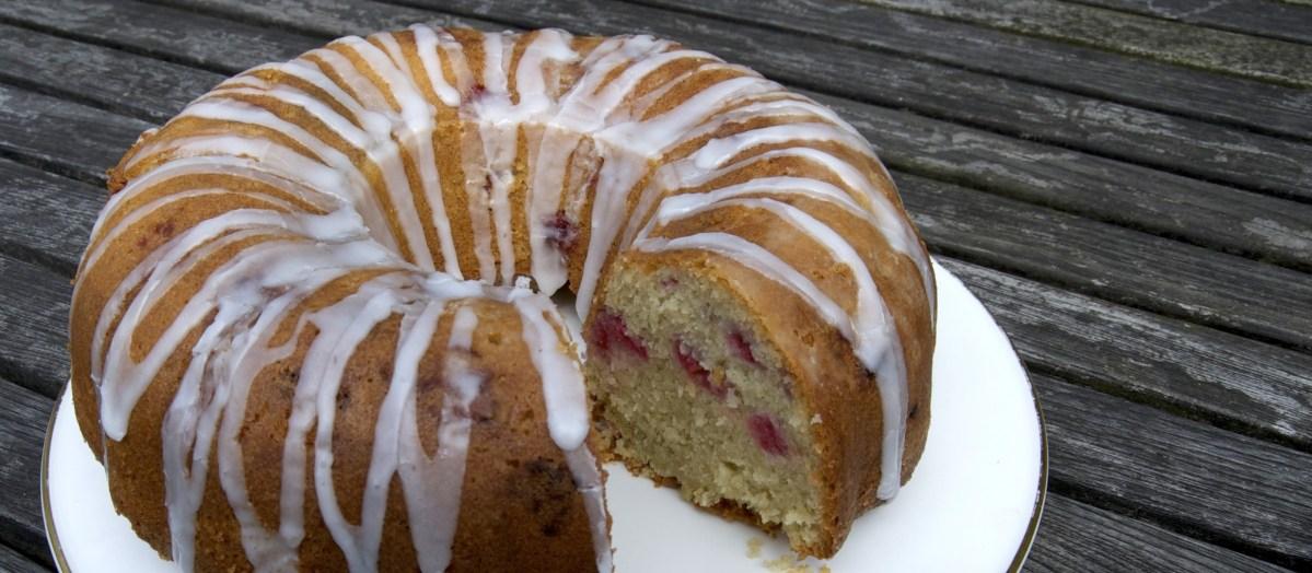 Raspberry and coconut bundt cake