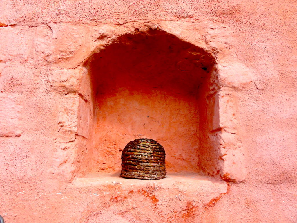 A Bee Bole with Skep Inside. The bole is the indentation in the wall which gave protection to the straw skep from the elements. #BeehiveYourself, #WantageHoney, #Skep, #BeeBole, Beehive Yourself, Wantage Honey,