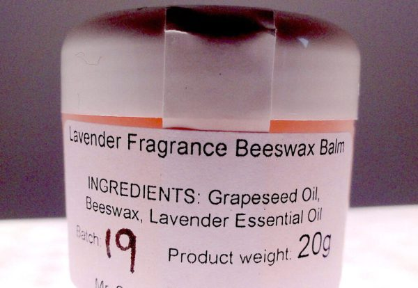 Beeswax Balm. Great for dry skin. Made with 3 natural ingredients: Beeswax, Grapeseed Oil and Lavender Essential Oil. #BeehiveYourself, #BeeswaxBalm, Beehive Yourself, Beeswax Balm,