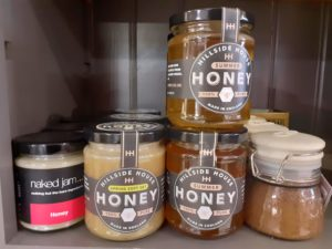 Honey Label Review Saddleback Farm, Farnborough, West Berkshire